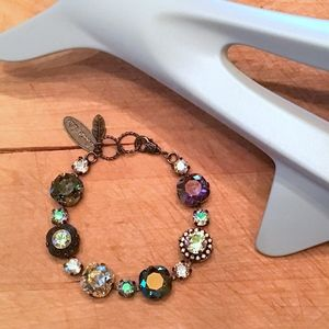 LOVELY Crystal Bracelet